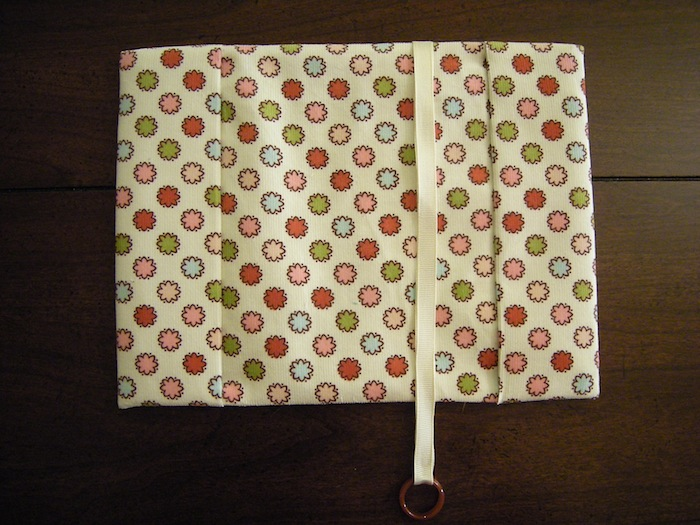 Book Cover Material Xl : Fabric book cover tutorial a case of the crafties