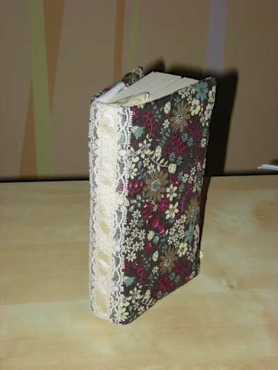 """<a href=""""/2010/02/04/book-covers/"""">Another Bookcover</a>"""