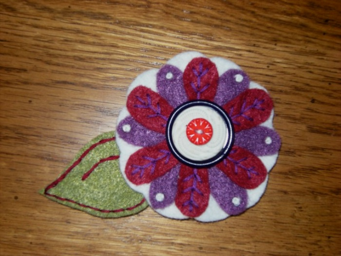 """<a href=""""/2009/04/04/another-flower-pin/"""">Another Flower Pin</a>"""