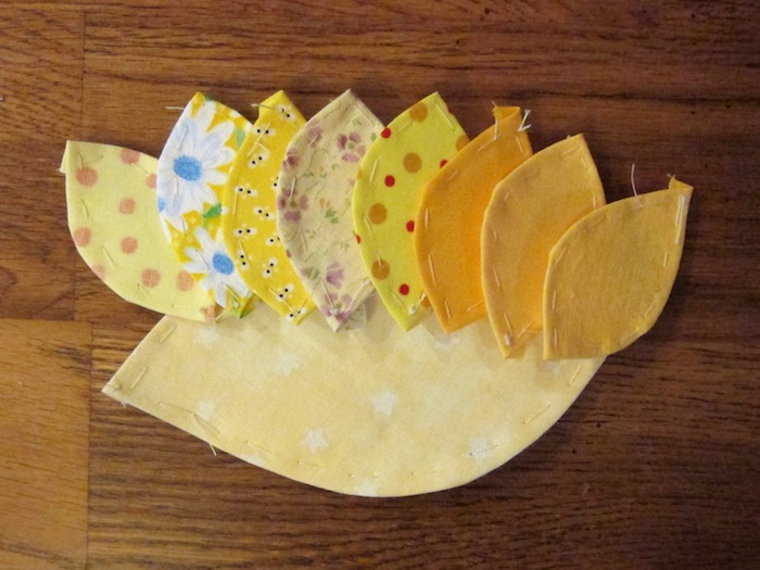 applique_flower_hanging_3