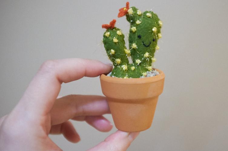 mini felt cactus